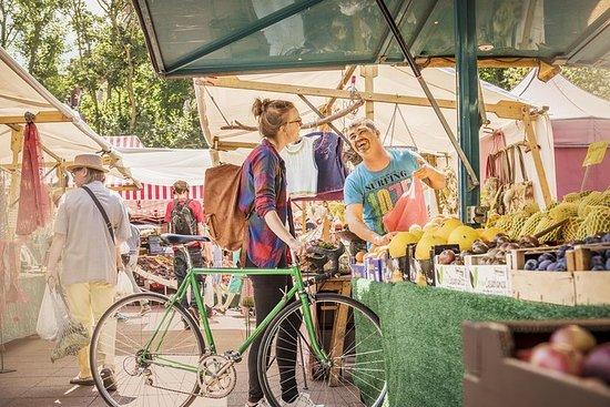 E-Bike in visita al mercato di San
