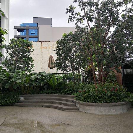 Pool & Courtyard Area