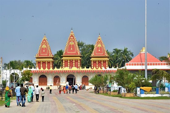 Tour privato: Templi e Ashram di Ganga Sagar Day Trip da Kolkata