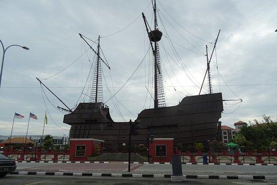 3D 2N Tour Kuala Lumpur - Unesco...
