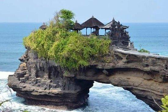 Bali spektaculer old hindu tample et...