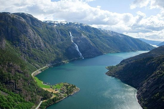 Visita guiada a Åkrafjorden & Langfoss