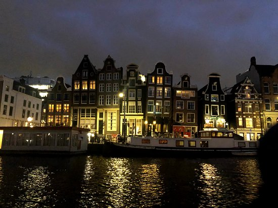 Amsterdam Small-Group Canal Cruise Plus Snacks and Drinks: Dancing Ladies