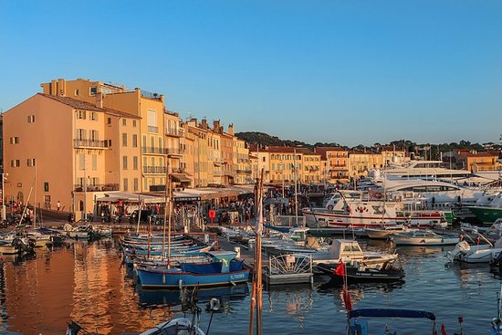 Saint-Tropez & Port-Grimaud Private Full-Day Tour