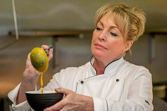 In-House Dining Cooking Class with Chef Jacqui Selleck