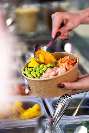 poké bowl personalizzata