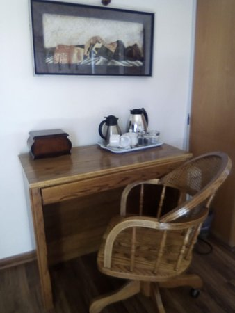 Wifi , work station and tea/coffee amenities available in each room