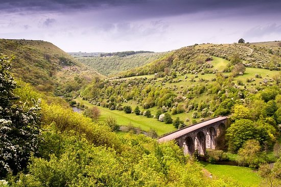 3-Day Yorkshire Dales and Peak District Small-Group Tour from...