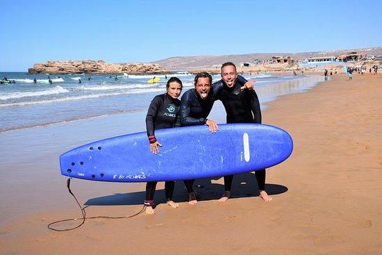 Aprenda a surfar em Tamraght, com...