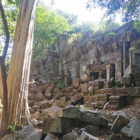 Siem Reap, Cambodia: Angkor small tour