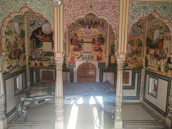Samode, India: mini palace samod room view