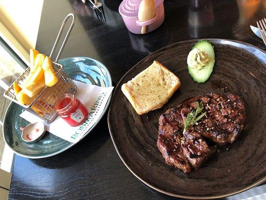 Rosmarin'o Steakhouse Restaurant