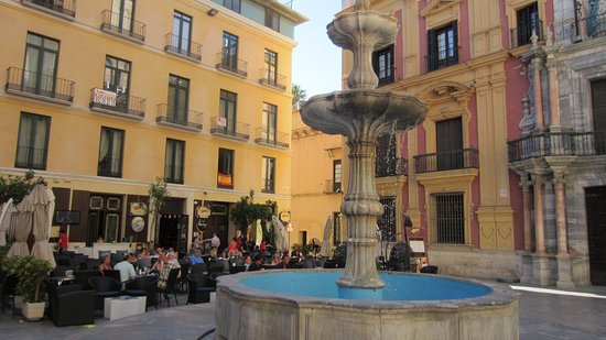 Malaga, Spanien: Plaza del Obispo