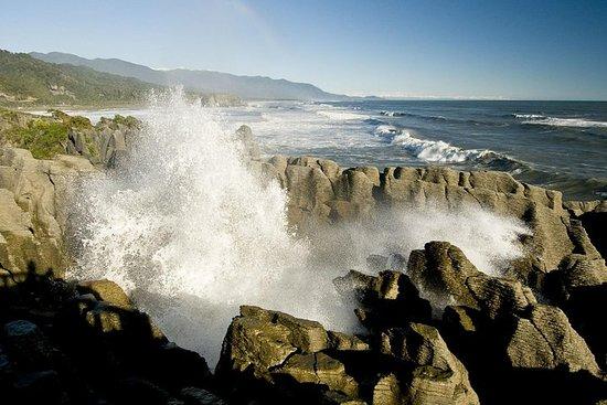 Punakaiki Blow Holes & Pancake Rocks...