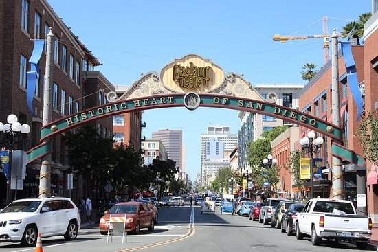 San Diego Day Trip from Los Angeles by Train and Special Open Air...