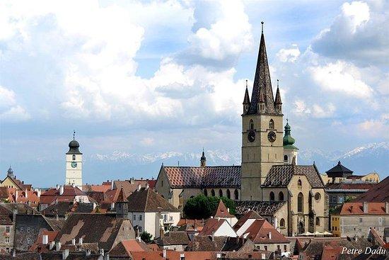 Excursion privée d'une journée à Sibiu au départ de Bucarest (12h)