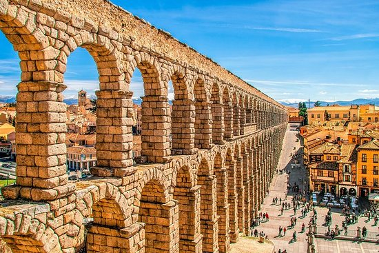 6-Day Southern France, the Pyrenees & La Rioja Tour from Nice to...