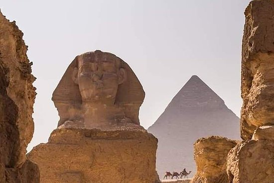 Airport Layover Tour to Pyramids...