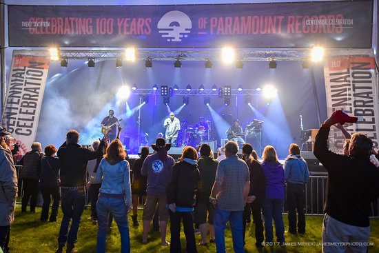 Coal Dock Park : Paramount Blues Festival takes place late summer along the lakefront in Port Washington WI