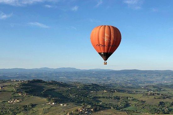 Passeio de balão de ar quente de Roma...