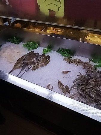 La Storta, Италия: Pesce da cucinare alla piastra