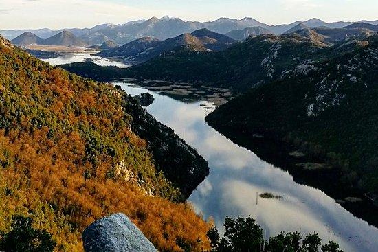 修道院奥斯特罗格和River Crnojevica私人之旅