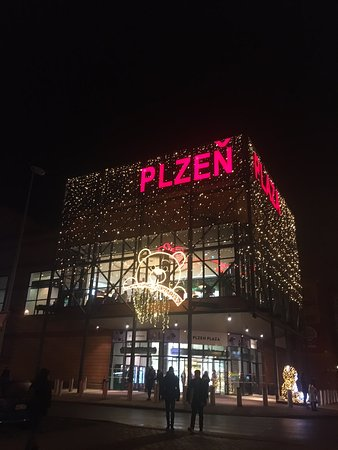 cinestar plzeň plaza
