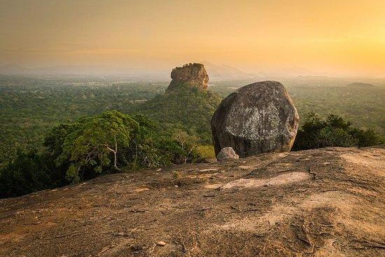 Privat dagstur til Pidurangala Rock...