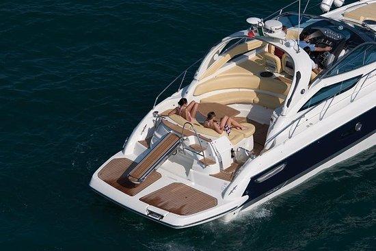 Privé luxe boottocht van Salerno naar ...