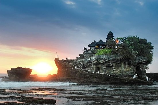 Bali Half-Day TANAH LOT SUNSET, Taman...