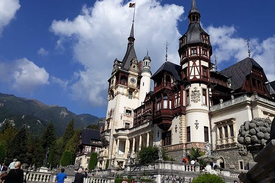 Bran -Dracula and Peles Castle One Day...