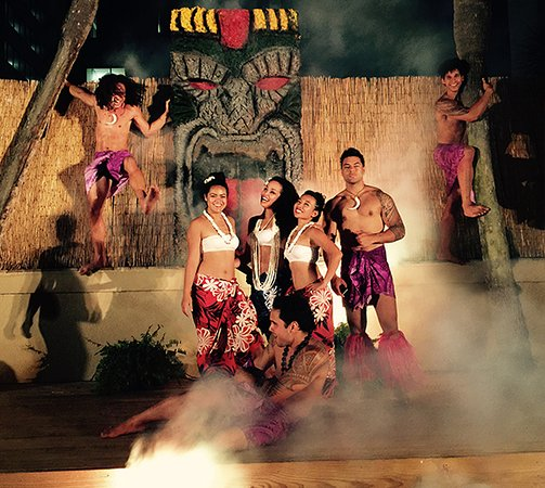 Polynesian Fire Luau at the Orlando Forum