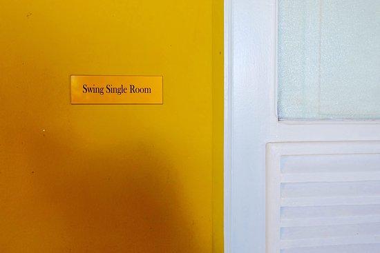 Single Suite - Swing