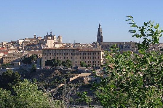 Excursión de medio día a Toledo y El...