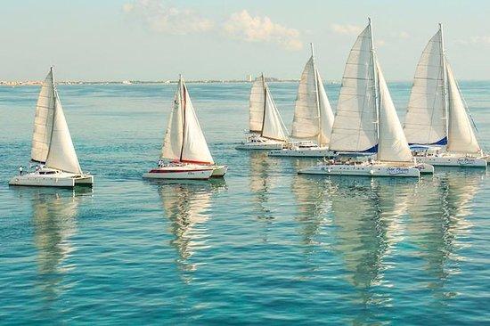 Tour en catamarán en Isla Mujeres