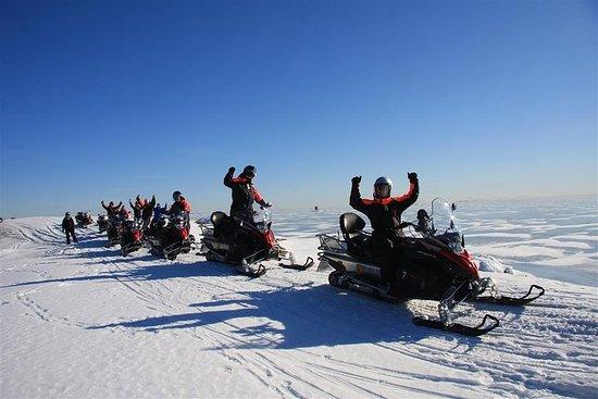 Sneeuwscootersafari in de archipel ...