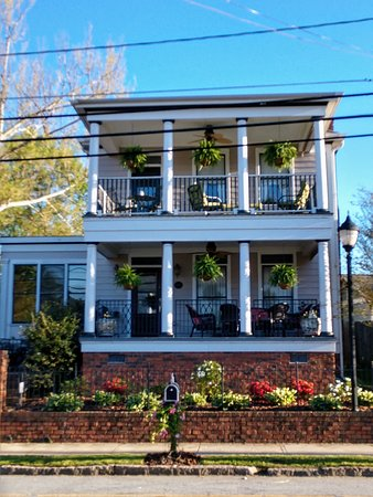 The Haynes Bed and Breakfast welcomes you!
