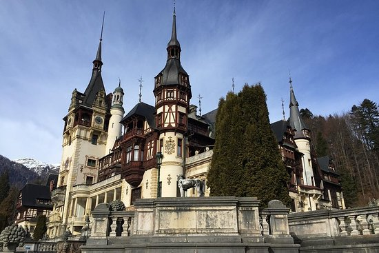 Private Day Trip to Peles Castle...