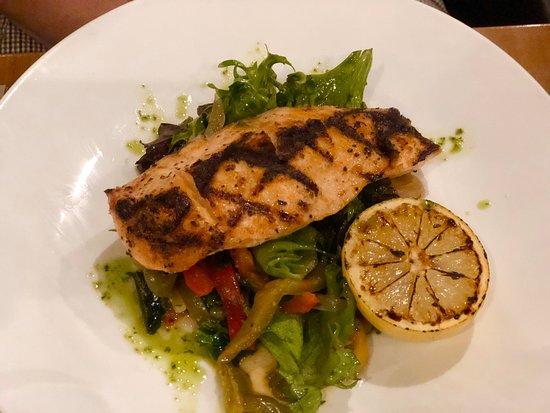 Traditional Italian food with good range of salads