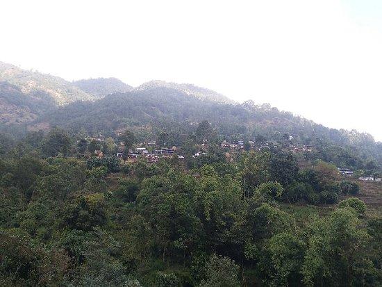 Kaskikot, Hiking from Dhampus to Sarangkot  www.mountainkingtreks.com ( info@mountainkingtreks.com )