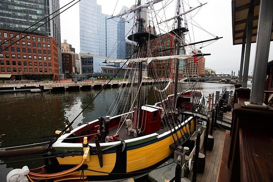 Boston Freedom Trail Day Trip from New...