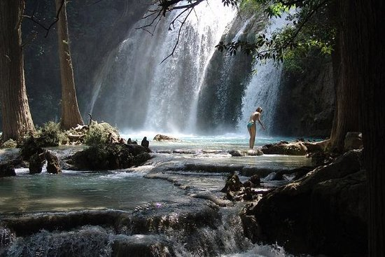 Full-Day Montebello Lakes & Chiflon Waterfalls Tour