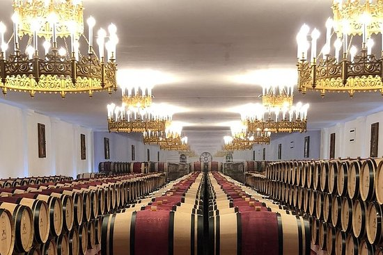 Sommelier wine tour Planner