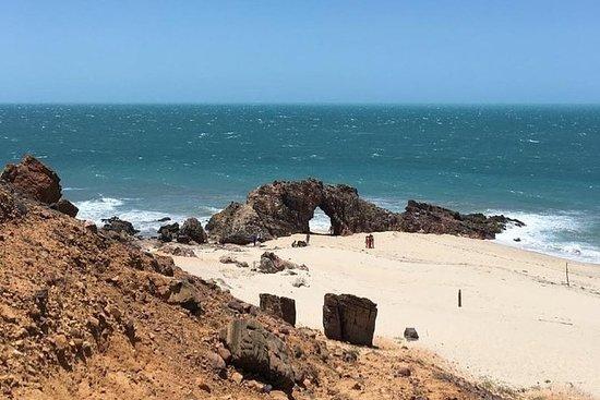 Excursão Guiada de Meio-dia à Praia de...