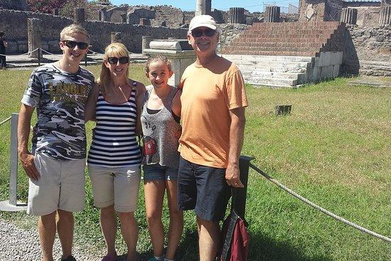 Valokuva: Pompeii Tour For Children and their Families