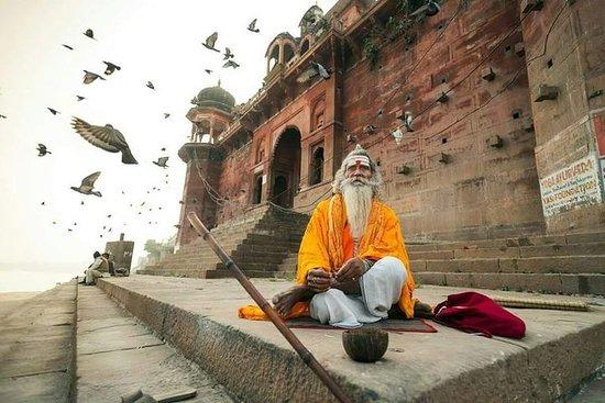 Visite privée à Varanasi, y compris...