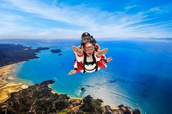 16.500ft Skydive over Abel Tasman med NZs mest episke landskap