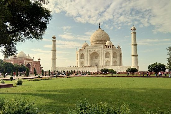 德里的同一天泰姬陵日出之旅阿格拉