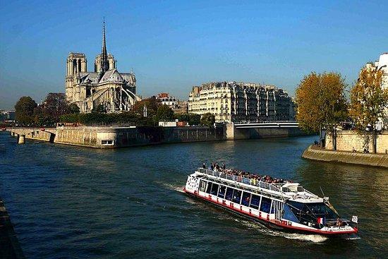 Crucero por el río Sena a bordo del...