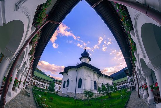 Private Rural Experience from Iasi - Agapia Monastery and Popa Museum